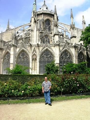 Travel cathedral de notre dame exterior for Exterior notre dame